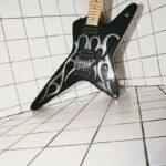 202101_News-Kramer Guitars-Tracii Guns Gunstar Voyager (15)